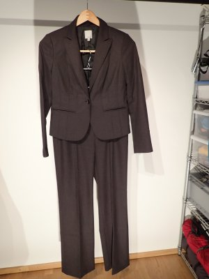 Halogen Business Suit