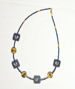 Collier jaune-bleu