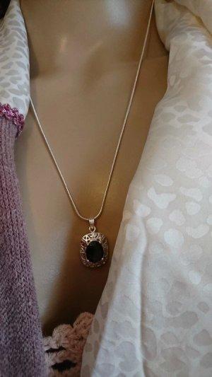 Colliers ras du cou argenté-violet