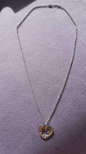 Halskette mit Herz-Puzzle-Anhänger