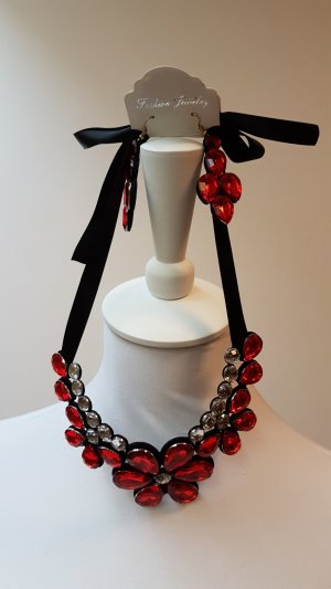 Necklace neon red recycled material