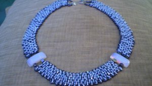 Collier bleu azur