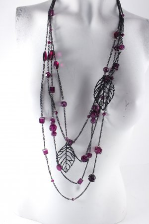 Necklace black-purple casual look