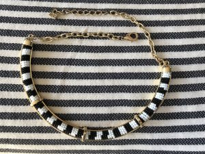 BCBG Maxazria Collar multicolor