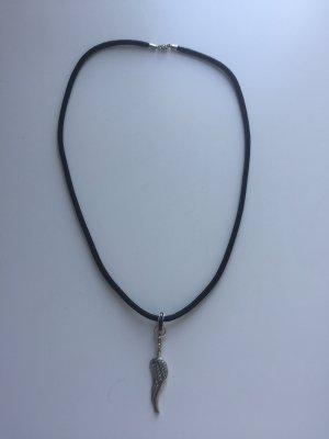 Halskette von Thoams Sabo