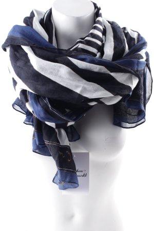 Foulard motif rayé style simple