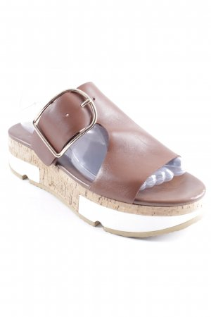 Hammerstein Sabots light brown casual look