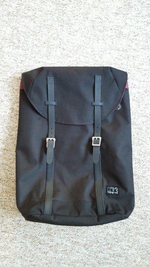 Spiral Backpack black-silver-colored