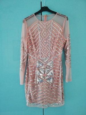 handbesticktes Kleid von boohoo