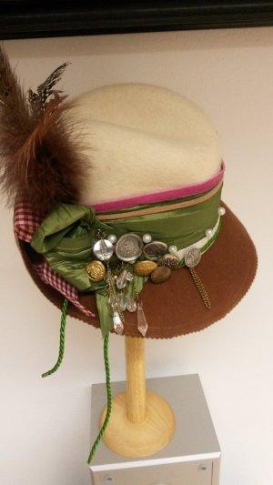 Chapeau bavarois brun foncé-beige laine