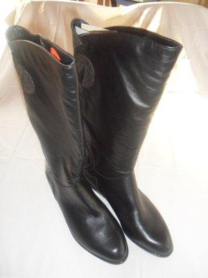 Buskins black-light orange leather