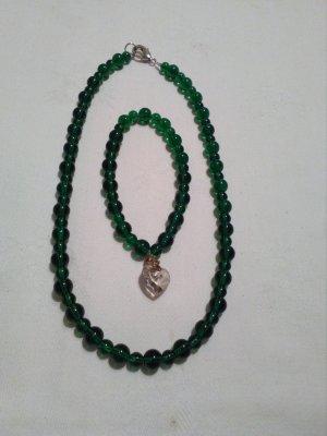 Handgefertigte Halsketten
