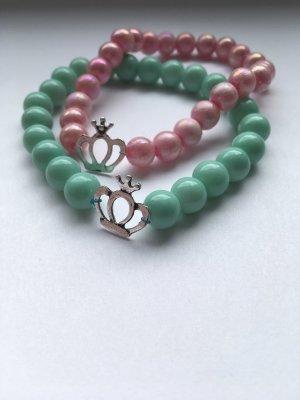 Handgemachte perlenarmbänder
