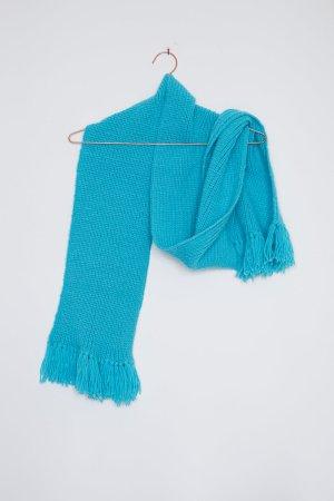 Handgestrickter Schal mit Fransen in türkisblau