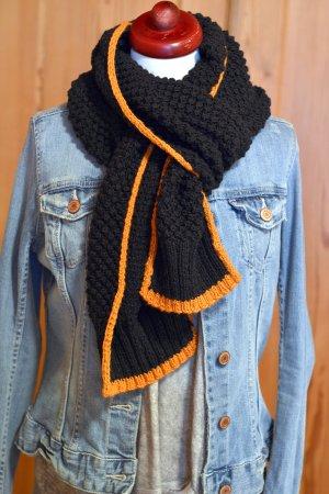 HANDMADE DIY unisex toller langer Strickschal schwarz orange Einzelstück Grobstrick oversize