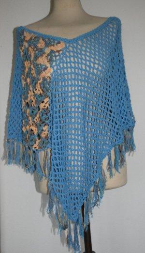 Gebreide poncho lichtblauw