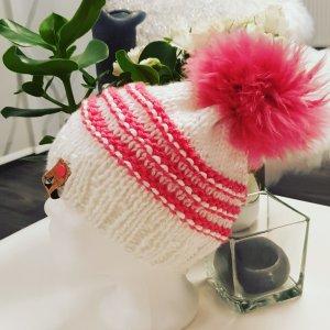 handmade Mützen mit xxl echtfell Bommel