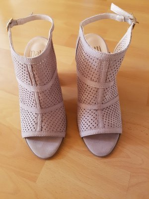 Cut Out Booties natural white suede