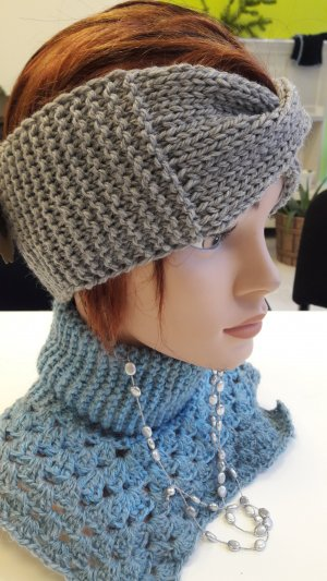 Sombrero de punto color plata