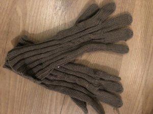 Guantes con dedos marrón grisáceo