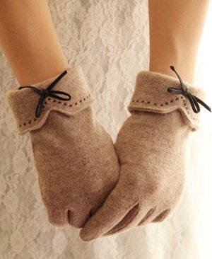 Gloves camel