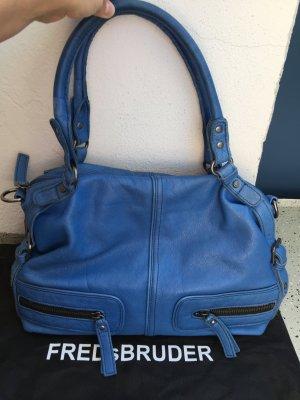 Handtasche aus Leder in strahlendem blau von der Marke Fredsbruder !