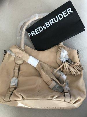 Handtasche der Marke Fredsbruder