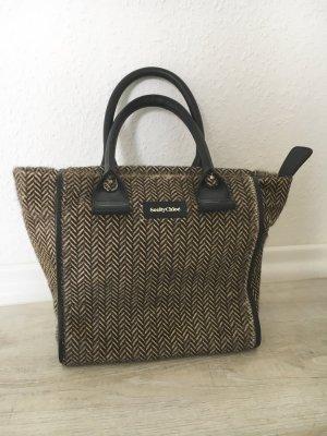 Handtasche Fell Blogger Streetstyle neuwertig
