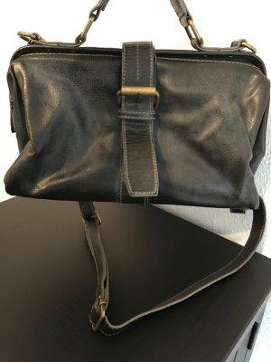 Handtasche im Apothekerstyle von Bershka