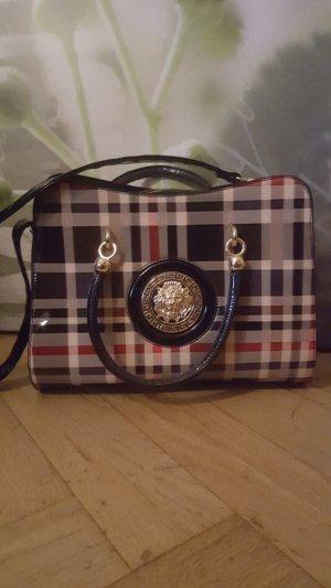 Handtasche im Nova Check-Karomuster