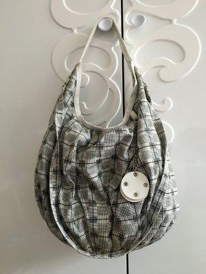 Handtasche in Grau / Weiß