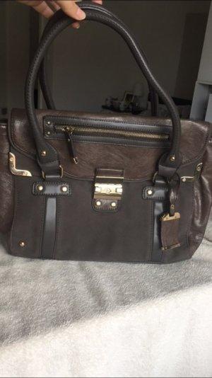 Handtasche in Nudetönen