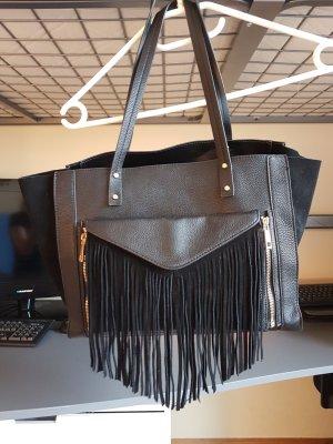 Handtasche mit Clutch und Wildlederdetails