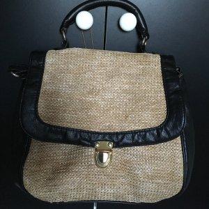 Handtasche mit Griff