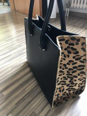 Handtasche mit Leopardenprint