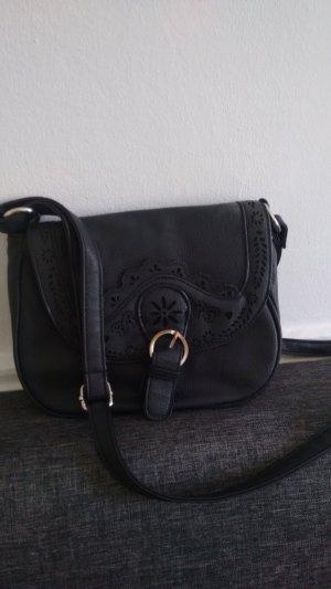 Handtasche mit Lochverzierung
