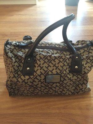 Handtasche mit Tragehenkeln