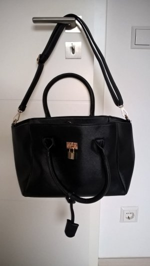 Handtasche mit Umhängegurt