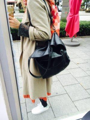 Vera Pelle Pouch Bag black leather