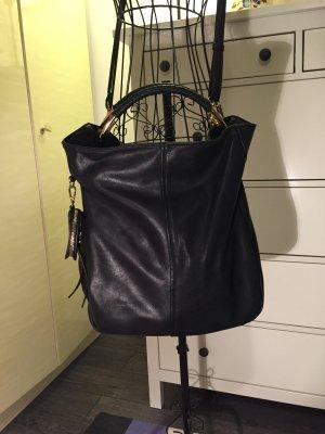 Handtasche schwarz mit schicken Details