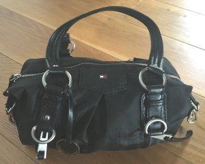 Handtasche Tommy Hilfinger schwarz