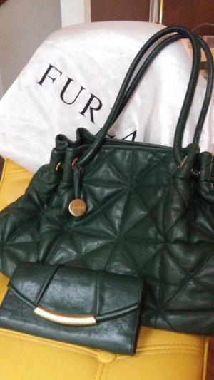Handtasche und passendes Portemonnaie