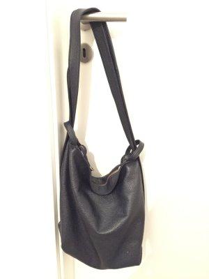 Handtasche und Rucksack aus Leder