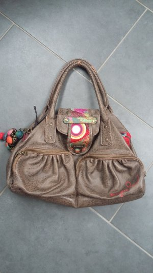 Handtasche von desigual mit leichten Schönheitsfehlern