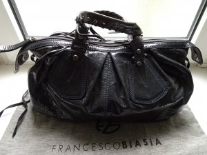 Handtasche von **FRANCESCO BIASIA** Lackleder in grau/blau