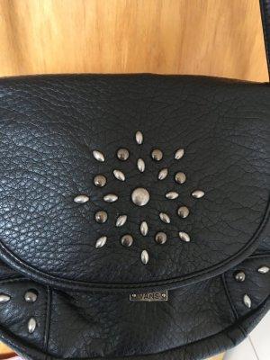 Handtasche von Vans mit silbernen Applikationen