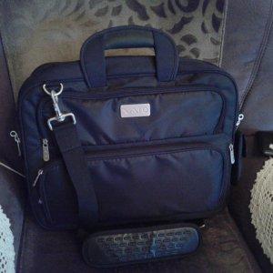Hard bag Laptoptasche neu zuverkaufen für 65€