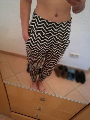 Esmara Harem Pants white-black