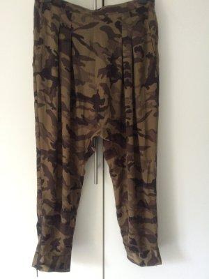 Haremshose in Camouflage von Zara