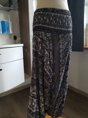 Pantalón estilo Harem blanco-negro